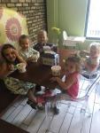 Ice cream with pals